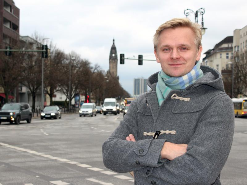 Tutkija Mikko Riikkinen uskoo, että PSD2-direktiivin sovellukset saattavat jopa lisätä maksamisen turvallisuutta. Parhaimmillaan direktiivi vahvistaa kuluttajan päätäntävaltaa omista maksuasioistaan.