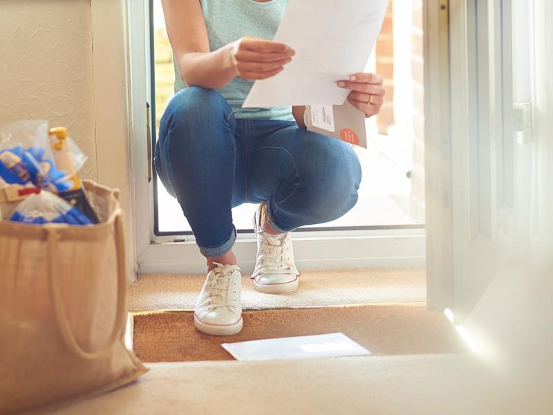 Paperilaskujenkin jakeluun heijastuu globaali trendi: kirjepostin määrä vähenee, pakettilähetysten virta kiihtyy, kilpailu kirittää palvelemaan asiakasta.